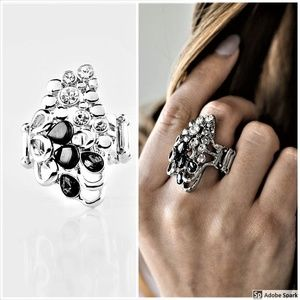 Sparkle Splash -Black & BLING Stretch Ring